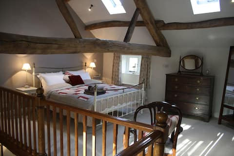 The Hayloft - Luxury Bolthole