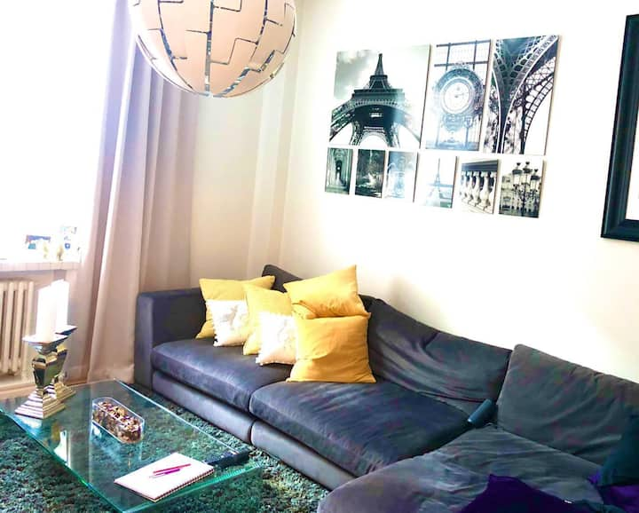 Central one bedroom flat