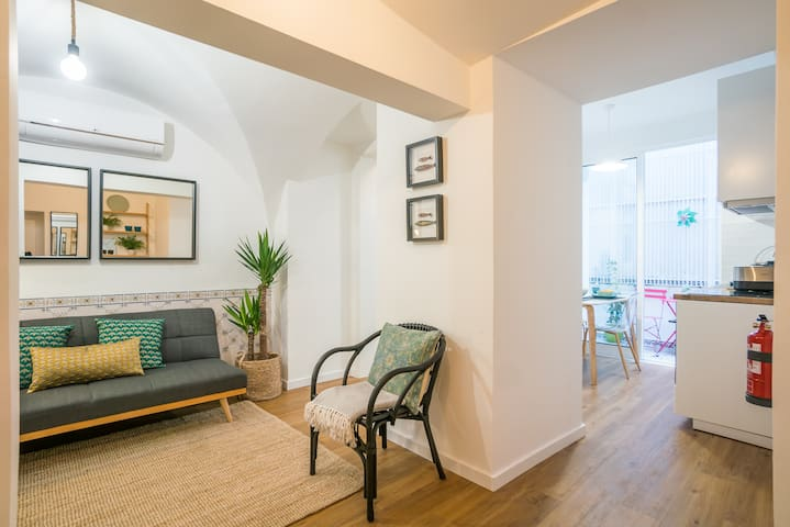 Comfortable and Quiet Principe Real Apartment