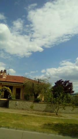 CHIALUMAGIA - Orvieto Scalo - Maison