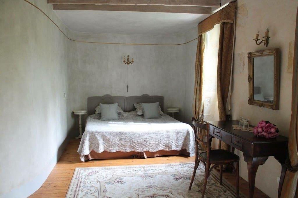 Chambre a 145 e