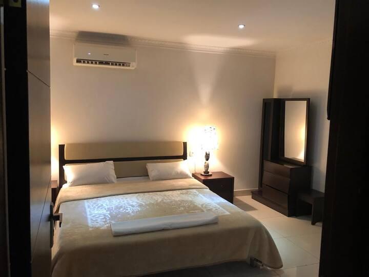 très bel appartement de 3 chambres moderne et cosy