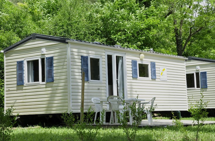 Mobil-home deux chambres N°1