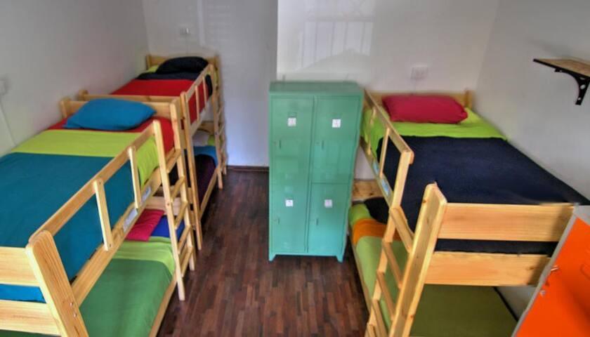 Dragonfly Miraflores Habitación compartida 6 camas