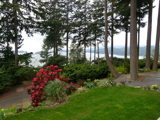 Privateer Holiday Rental - Bowen Island - Casa