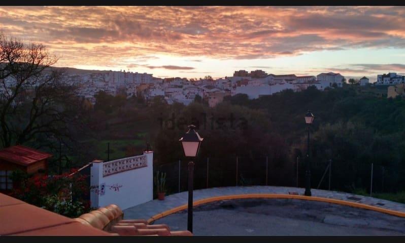 Coqueta casa adosada en Campo de Gibraltar.