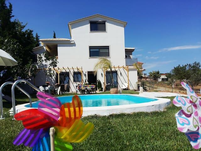 Pool Garden suite of Villa Vravrona Tower
