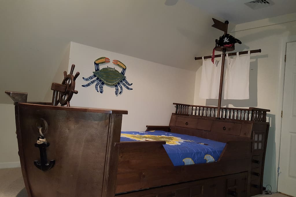 Pirate Living and Playroom for the kids