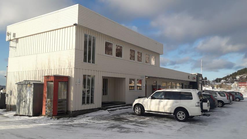 Centrum Apartment, Skaland -Senja Scenic Route