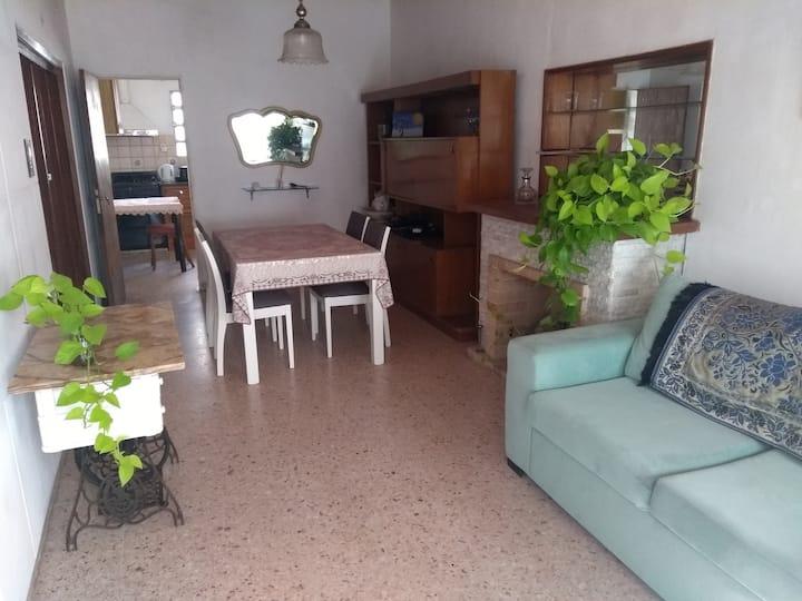 Cómoda casa interna en Arroyito