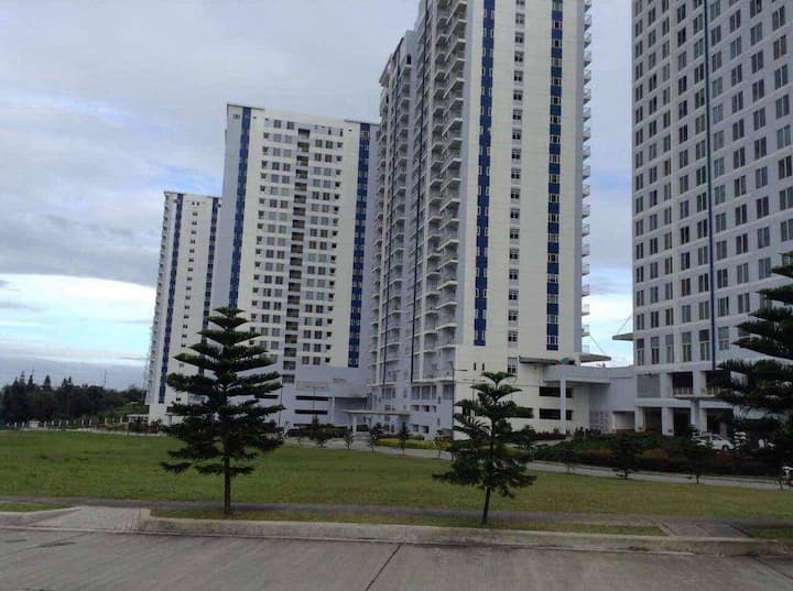 Room for Rent (Tagaytay - Wind Residences Tower 3)