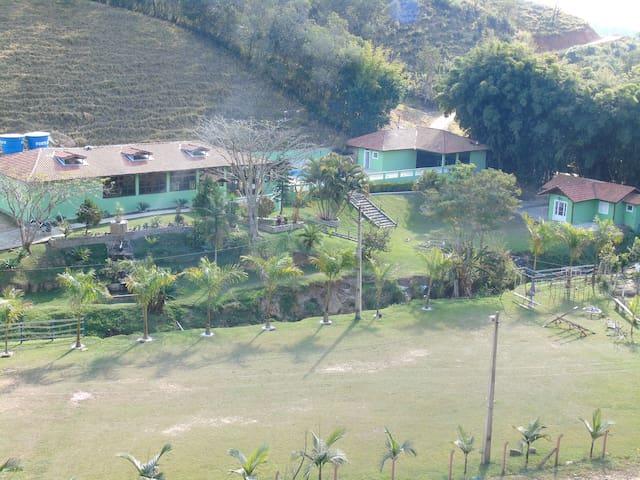 Chalé Capucho's Country Club - Cunha - Шале