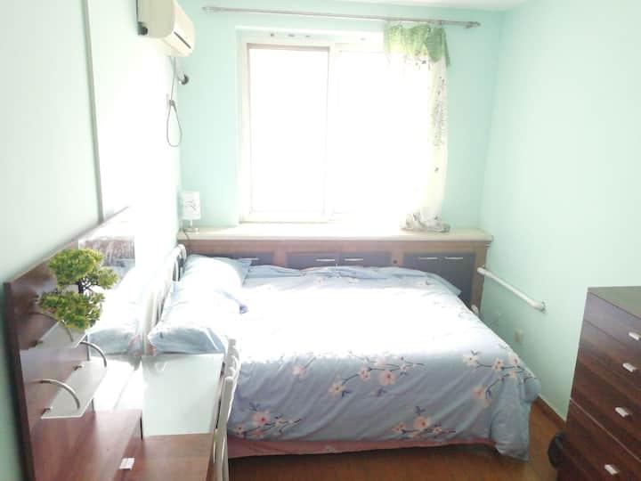 三号线地铁沿线别墅公寓房   共用卫生间