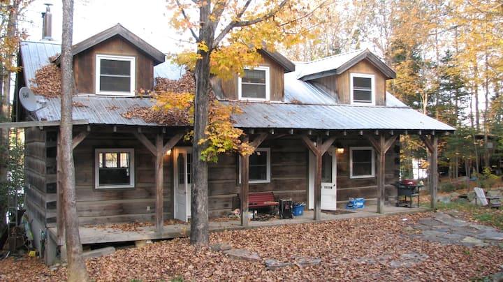 Sherwood Shores Log Cabin