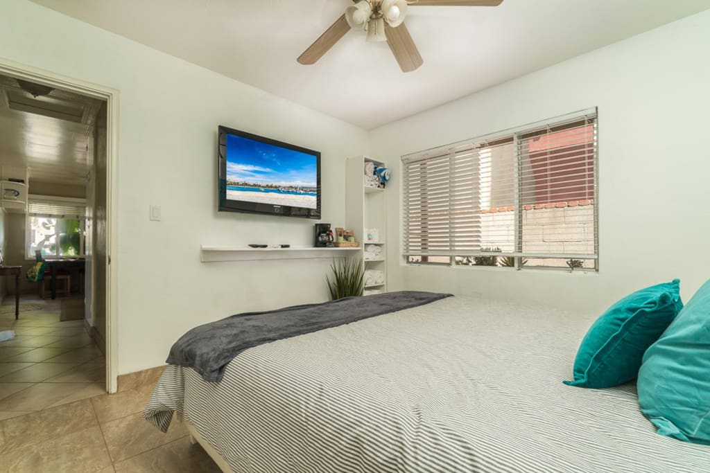 Your room with lock, coffe maker, TV with HDMI port, Netflix , additional pillows & blankets, power strips of charging
