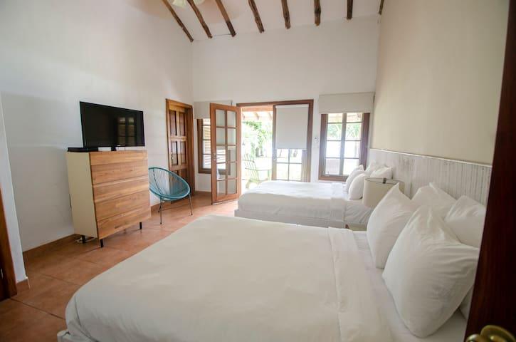 Villa Marina Lodge - Deluxe Double Ocean View