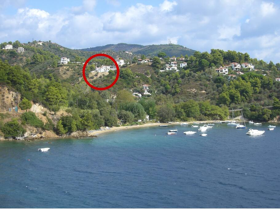 The location - five minutes walk to the beach