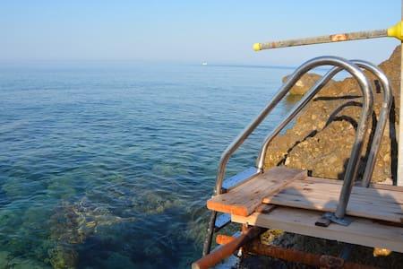 Villaggio natura sul mare - Pisciotta