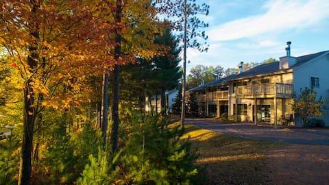 Black Bear Lodge St Germain