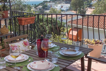 Holiday apartment with 2 bedrooms on 51m² in Málaga