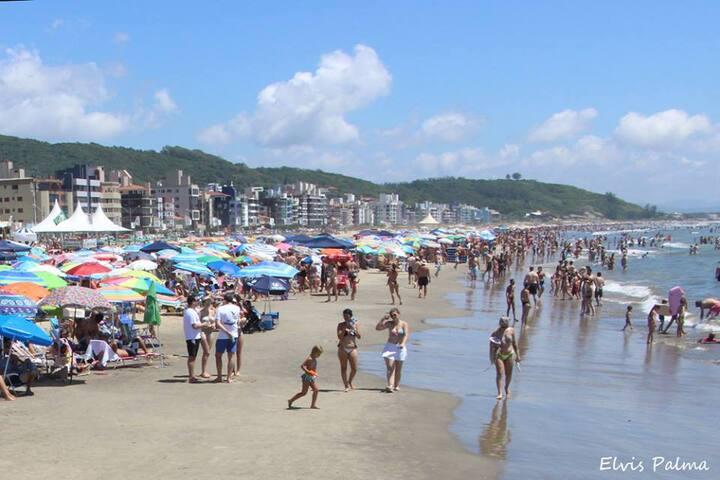 Apartamento a 100 mts da Praia.