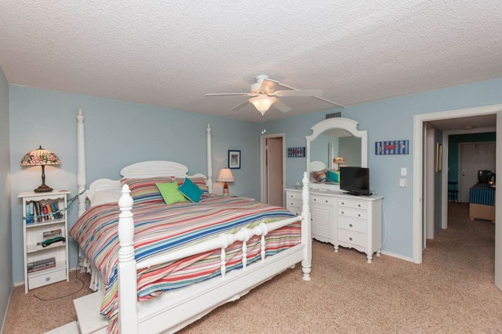 Very comfortable King Sized Bed in the Master Bedroom!
