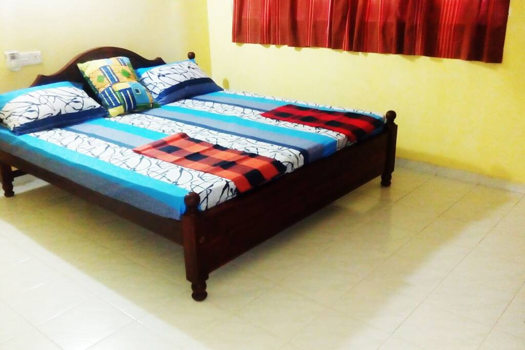 king Size bed room, wooden cabinet,