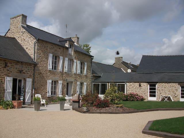 'Chambre Grany' - Aucaleuc - House