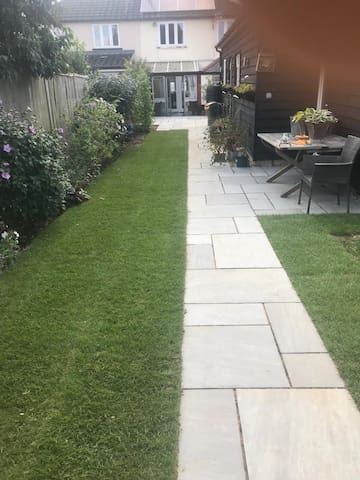 Close to Chelmsford, Stansted, Cambridge, London