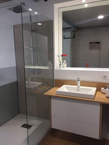 Dusche - Shower