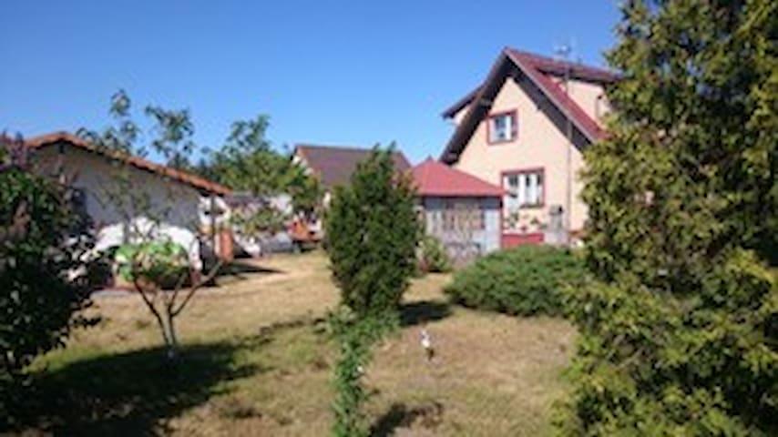 Dom Bursztynek - Junoszyno - บ้าน