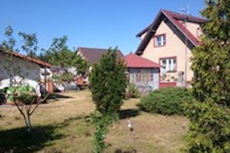 Dom Bursztynek - Junoszyno - Rumah
