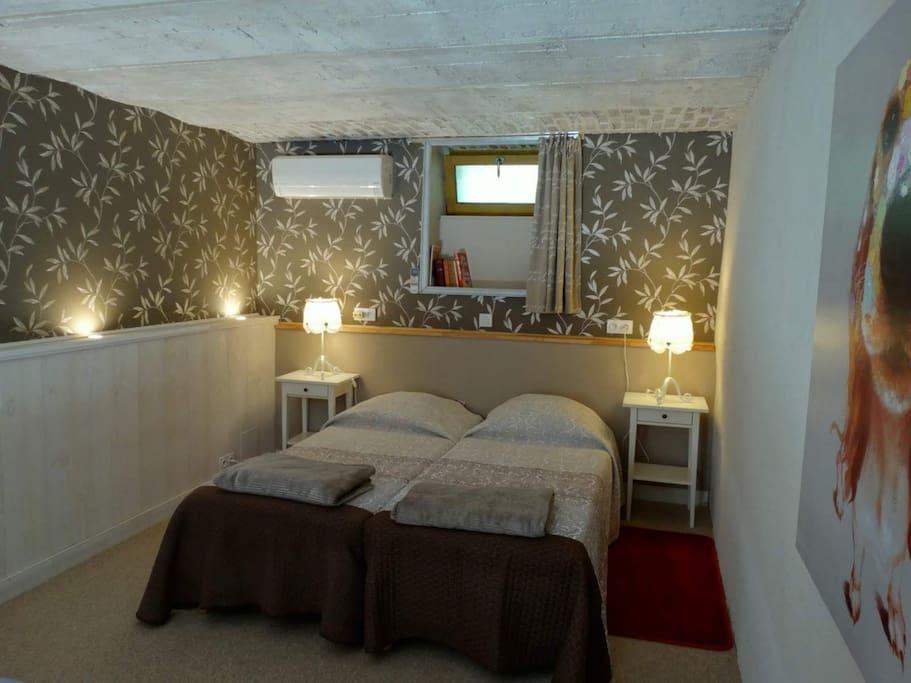 la 2e chambre avec lits jumeaux