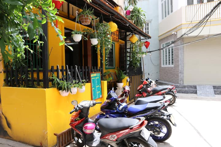 Hoi An Alley District 1 - Park #6 Rooftop Private