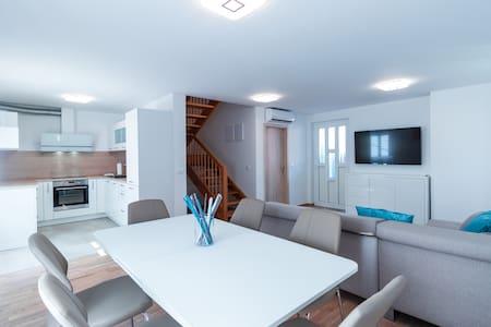Spacious three bedroom apartment in Izola