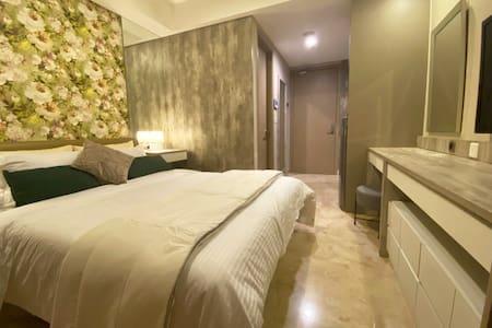 Studio Apartment @Gold Coast Pantai Indah Kapuk
