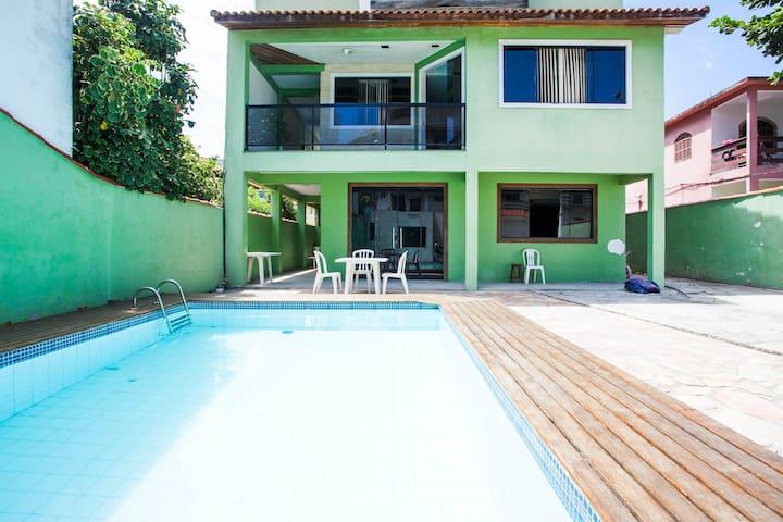 Casa 3 quartos, piscina próx. praia