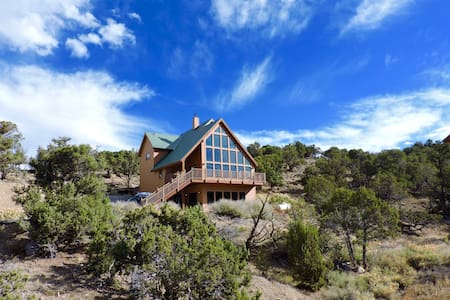Quintessential Colorado Mountain Retreat - Montrose - Casa