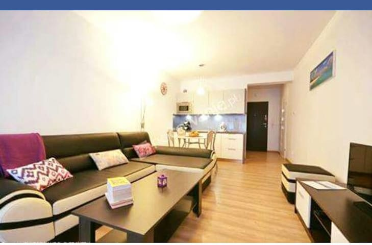 Family apartment with free access to swimming pool