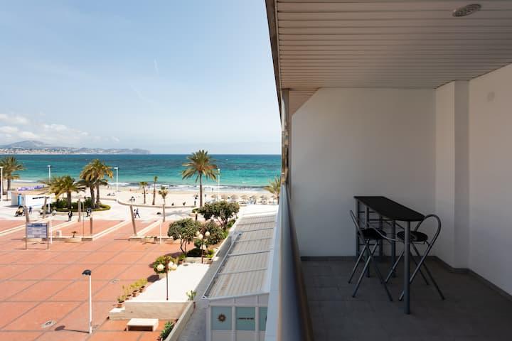 Calpe (Alicante). 1st line beach of la Fossa.