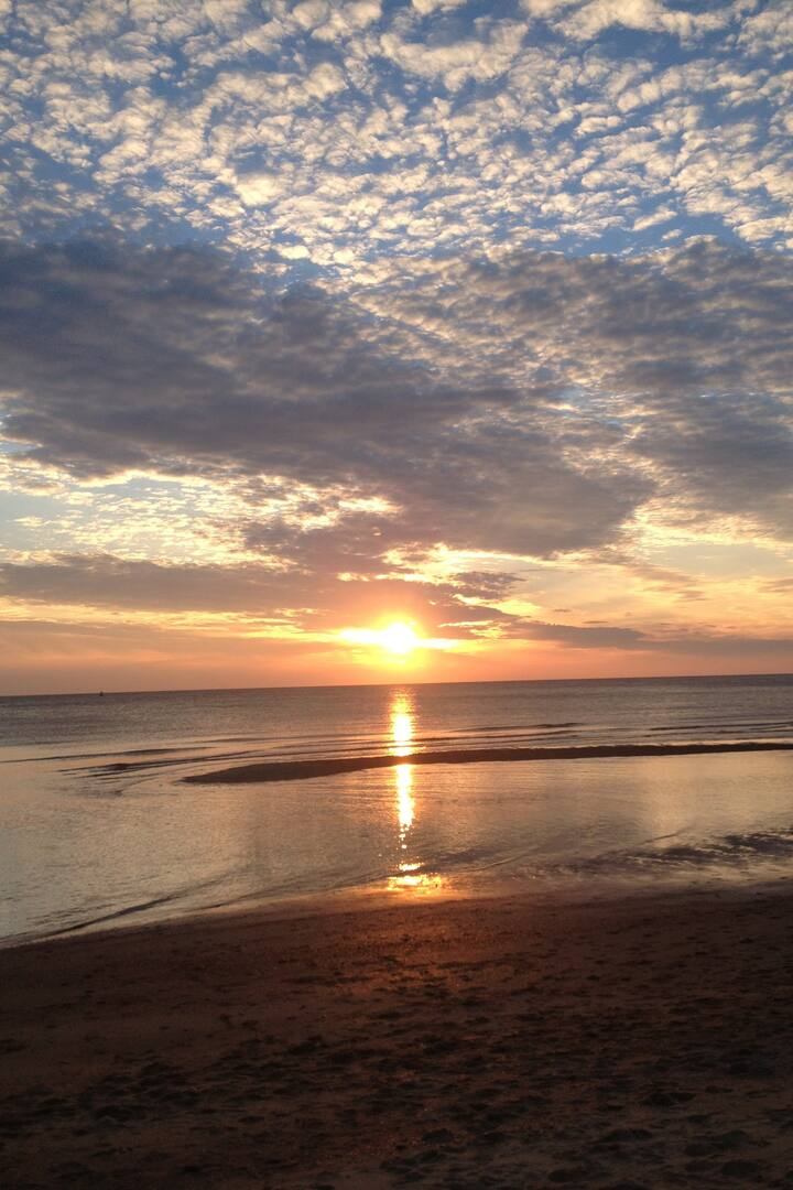 Dishoek beach sunset