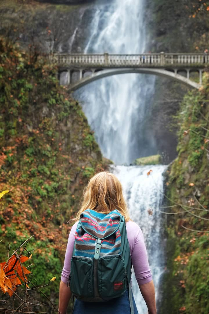 Multnomah Falls takes our breath(s) away