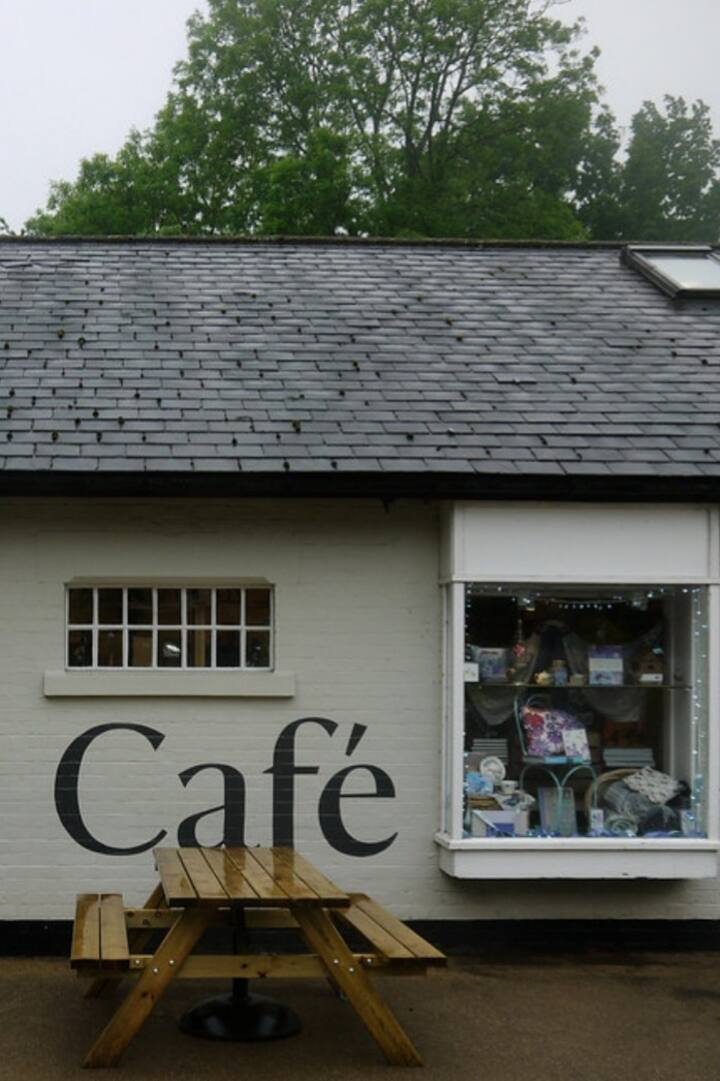 Box Hill Cafe & Shop (National Trust)