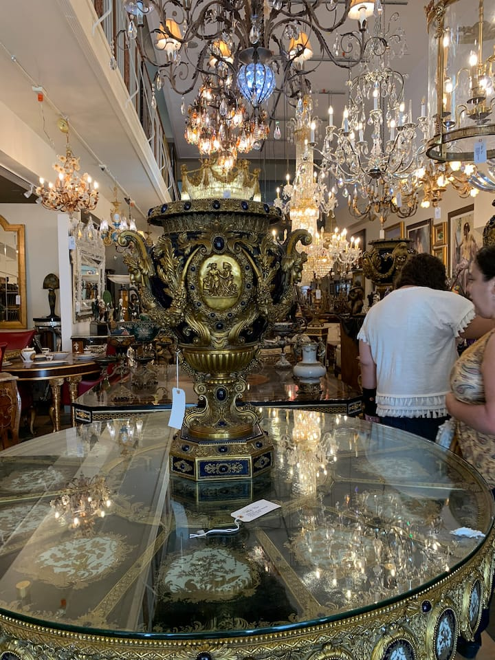 Anyone say amazing antiques here Miami