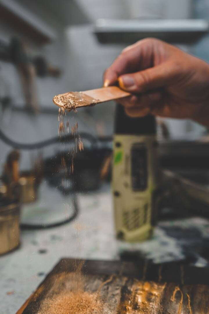Mica powders add lustre