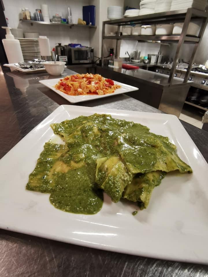 Ravioli with Pesto!! Gnam gnam
