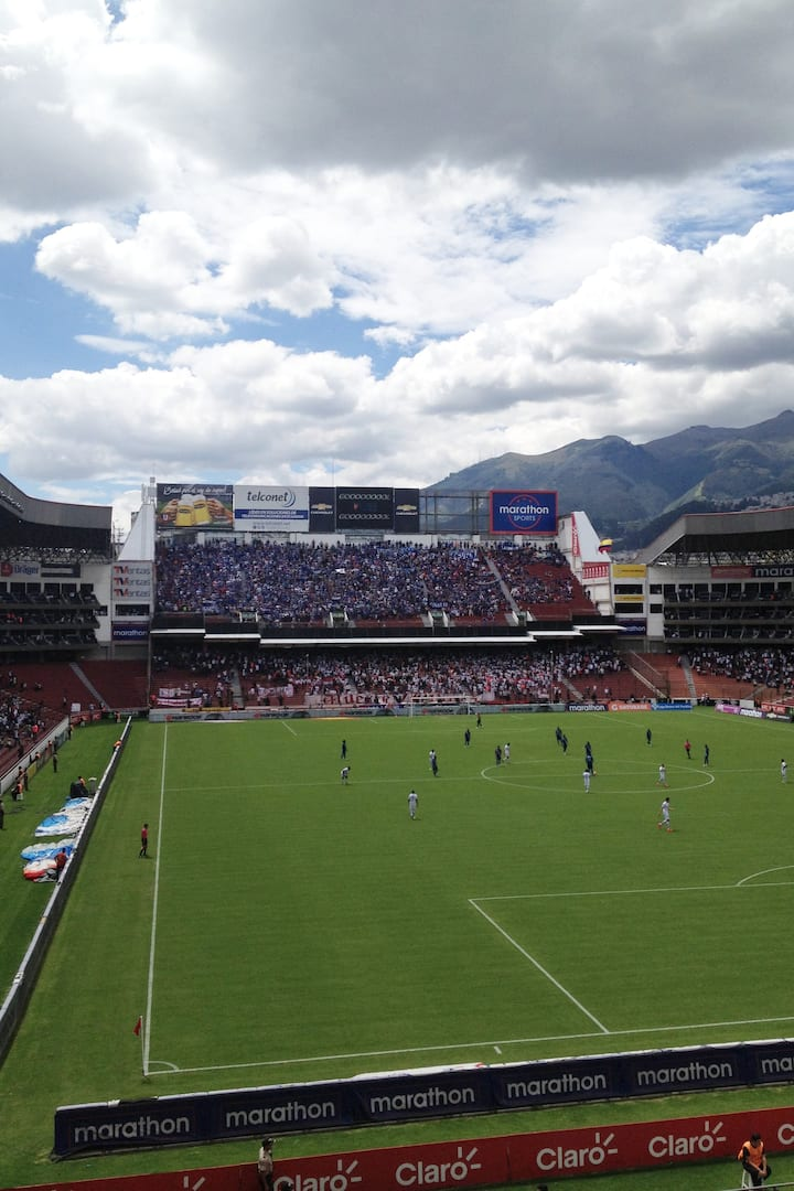 Day match in Quito