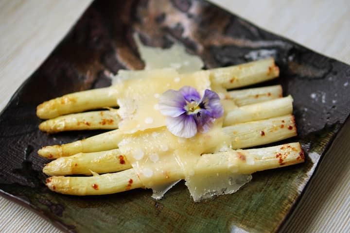 white asparagus, red cow parmesan