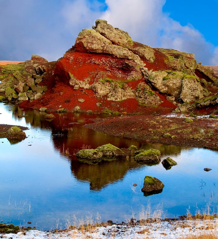 Red lava formations