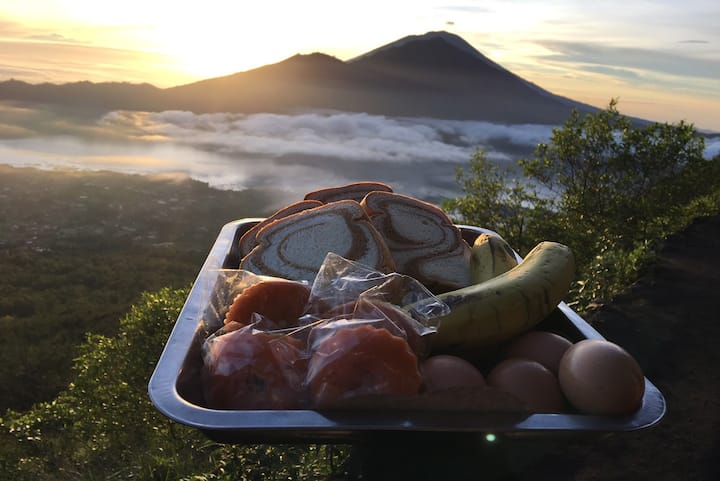 Light breakfast at top of Mt Batur.
